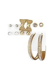 economico -Per donna Orecchini a bottone Orecchini a cerchio Zircone cubico Da cerimonia Casual Abbigliamento Zirconi Lega Circolare A fiocchetto