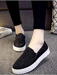 Недорогие -Для женщин Обувь Полиуретан Весна Удобная обувь Мокасины и Свитер Плоские Закрытый мыс для Повседневные Черный Серебряный