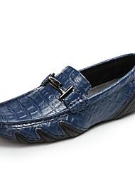 Недорогие -Для мужчин обувь Полиуретан Осень Удобная обувь Мокасины и Свитер для Повседневные Белый Черный Светло-синий