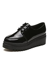 preiswerte -Damen Schuhe PU Herbst Komfort Outdoor Runde Zehe Schnürsenkel für Schwarz