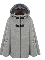 preiswerte -Damen Solide Street Schick Ausgehen Standard Mantel / Capes, Mit Kapuze Herbst Polyester Gefaltet