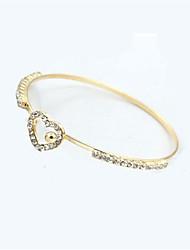 abordables -Femme Manchettes Bracelets Strass Mode Imitation Diamant Alliage Forme Géométrique Cœur Bijoux Quotidien Bijoux de fantaisie Or Argent