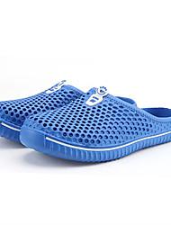 baratos -Homens sapatos Couro Ecológico Verão Chinelos e flip-flops Caminhada Preto / Vermelho / Azul