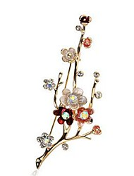 cheap -Women's Synthetic Diamond Brooches - Imitation Diamond Flower Classic, Fashion Brooch Gold For Daily / Formal