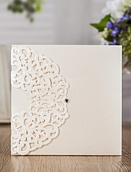 cheap -Folded Wedding Invitations 20 - Invitation Cards Classic Style Embossed Paper Pattern / Print