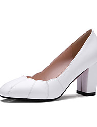 preiswerte -Damen Schuhe Kunstleder Frühling Sommer Komfort Pumps High Heels Blockabsatz Quadratischer Zeh für Kleid Büro & Karriere Weiß Schwarz Rot