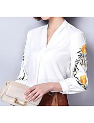 Недорогие -Жен. Вышивка Блуза V-образный вырез Однотонный / Весна / Лето
