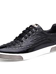 Homens sapatos Pele Primavera Outono Conforto Tênis para Casual Preto Azul Castanho Claro