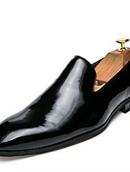 Недорогие -Муж. Официальная обувь Кожа / Лакированная кожа / Полиуретан Весна / Лето Мокасины и Свитер Черный / Золотой / Красный / Для вечеринки / ужина / EU42