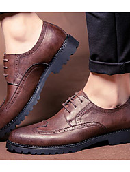 Homens sapatos Couro Ecológico Primavera Outono Conforto Oxfords para Casual Preto Marron