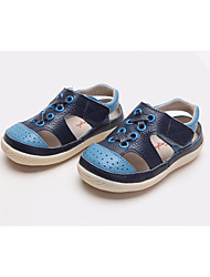 baratos -Para Meninas Para Meninos sapatos Pele Primavera Outono Primeiros Passos Conforto Sandálias para Casual Branco Azul Rosa claro