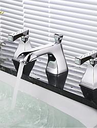 Недорогие -Ванная раковина кран - Широко распространенный Хром Разбросанная Две ручки три отверстия