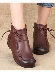 baratos -Mulheres Sapatos Pele Napa / Pele Primavera / Outono Botas da Moda Botas Sem Salto Botas Curtas / Ankle Preto / Marron / Vermelho