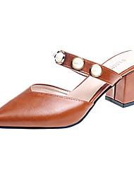 Недорогие -Жен. Обувь Полиуретан Весна Лето Удобная обувь Башмаки и босоножки На толстом каблуке Заостренный носок Искусственный жемчуг для Бежевый