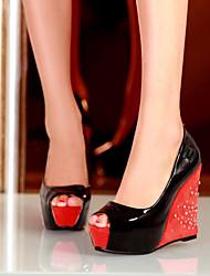 Недорогие -Жен. Обувь Полиуретан Весна Лето Туфли лодочки Сандалии Туфли на танкетке Открытый мыс для Повседневные Белый Черный Оранжевый