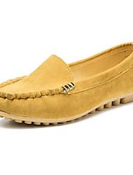povoljno -Žene Cipele PU Proljeće Jesen Udobne cipele Natikače i mokasinke Ravna potpetica za Kauzalni Crn Bijela Fuksija