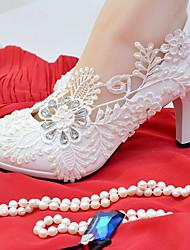 Недорогие -Жен. Обувь Кружева / Дерматин Весна / Осень Удобная обувь Свадебная обувь На шпильке Круглый носок Стразы / Искусственный жемчуг Белый