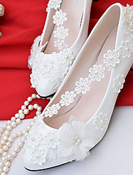 cheap -Women's Shoes Lace / Leatherette Spring / Fall Comfort Wedding Shoes Cone Heel Pointed Toe / Round Toe Imitation Pearl White