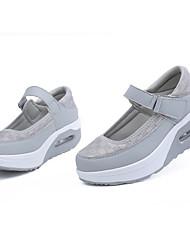 economico -Per donna Scarpe Tulle / PU (Poliuretano) Primavera estate Comoda Sneakers Piatto Punta tonda Fibbia Nero / Grigio / Fucsia
