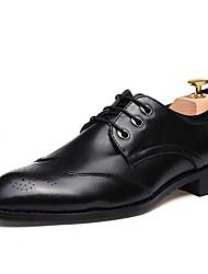 baratos -Homens sapatos Couro Envernizado / Materiais Customizados / Courino Inverno Conforto Oxfords Preto / Cinzento / Vinho