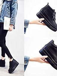 Недорогие -Жен. Обувь Кожа Зима Удобная обувь На плокой подошве На плоской подошве для Повседневные Черный / Коричневый