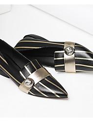 abordables -Femme Chaussures Cuir Printemps été Confort Ballerines Talon Bas Bout pointu Bouton pour Bureau et carrière Noir