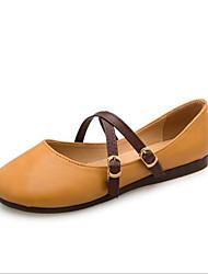 Недорогие -Жен. Обувь Полиуретан Лето Удобная обувь На плокой подошве На плоской подошве Круглый носок Бежевый / Желтый / Розовый