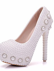 cheap -Women's Shoes PU(Polyurethane) Spring / Fall Comfort / Novelty Wedding Shoes Stiletto Heel Round Toe Rhinestone / Pearl White