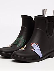 baratos -Mulheres Sapatos Borracha Primavera Botas de Chuva Botas Sem Salto para Preto / Amarelo / Vermelho