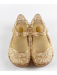 baratos -Para Meninas Sapatos PVC Verão Conforto / Plástico Sandálias para Dourado / Preto / Prateado