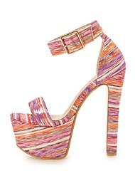 baratos -Mulheres Sapatos Courino Verão Conforto Sandálias Salto Robusto Dedo Aberto Presilha Preto / Azul / Rosa claro / Festas & Noite
