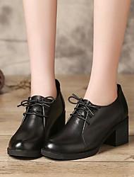 お買い得  -女性用 靴 レザー 秋 コンフォートシューズ ヒール チャンキーヒール ラウンドトウ のために アウトドア ブラック / Brown