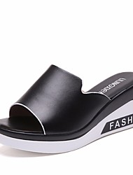 cheap -Women's Shoes PU(Polyurethane) Summer Comfort Slippers & Flip-Flops Creepers White / Black