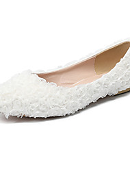 Недорогие -Жен. Обувь Полиуретан Наступила зима Удобная обувь Свадебная обувь На плоской подошве Заостренный носок Цветы из сатина Белый / Розовый / Свадьба / Для вечеринки / ужина
