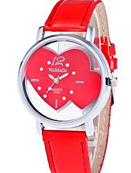 Недорогие -Жен. Наручные часы Повседневные часы PU Группа Heart Shape / Мода Красный / Розовый