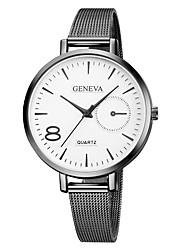 baratos -Geneva Mulheres Relógio de Pulso Chinês Novo Design / Relógio Casual / Legal Lega Banda Casual / Fashion Preta / Dourada / Ouro Rose / Um ano