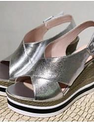 Недорогие -Жен. Обувь Овчина Лето Удобная обувь Сандалии Туфли на танкетке Серебряный