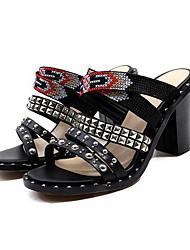 abordables -Mujer Zapatos Cuero de Napa Verano Confort Sandalias Tacón Cuadrado Punta abierta Cuentas / Remache Negro