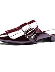 Недорогие -Жен. Комфортная обувь Микроволокно Весна Башмаки и босоножки На плоской подошве Черный / Вино