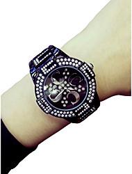 cheap -Women's Wrist Watch Quartz Chronograph Luminous Casual Watch Alloy Band Analog Luxury Bangle Black / White - White Black / Imitation Diamond / Large Dial
