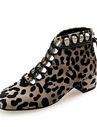 Недорогие -Жен. Fashion Boots Замша Наступила зима Английский Ботинки Блочная пятка Квадратный носок Цвет-леопард / Для вечеринки / ужина / Леопард