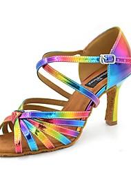 """Недорогие -Жен. Обувь для латины Сатин Сандалии / На каблуках Каблук """"Клеш"""" Персонализируемая Танцевальная обувь Цвет радуги"""