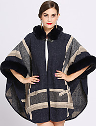 cheap -3/4 Length Sleeve Faux Fur / Core Spun Yarn Wedding / Birthday Women's Wrap With Color Block Capes