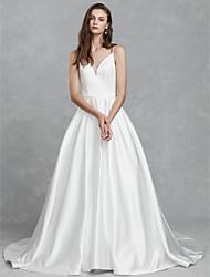 abordables -Princesse Col en V Traîne Chapelle Satin Robes de mariée sur mesure avec par LAN TING BRIDE®