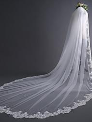 abordables -Une couche Style vintage / A Fleurs Voiles de Mariée Voiles chepelle avec Appliques / Couleur Unie 118,11 à (300cm) Dentelle / Tulle