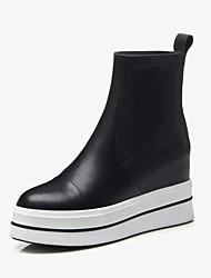 Недорогие -Жен. Комфортная обувь Наппа Leather Наступила зима Ботинки На плоской подошве Черный
