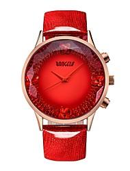 Недорогие -BAOGELA Жен. Наручные часы Японский Японский кварц Натуральная кожа Синий / Красный 30 m Защита от влаги Творчество Повседневные часы Аналоговый На каждый день Мода - Красный Синий