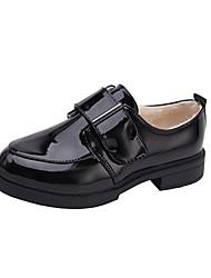 Недорогие -Жен. Комфортная обувь Лакированная кожа Зима На плокой подошве На толстом каблуке Круглый носок Черный