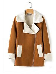 billige -kvinder går ud i pelsskind fra pelsskind - solidfarvet
