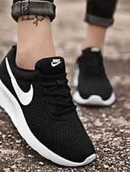 Недорогие -Жен. Сетка Весна лето Спортивные Спортивная обувь Беговая обувь На плоской подошве Круглый носок Черно-белый
